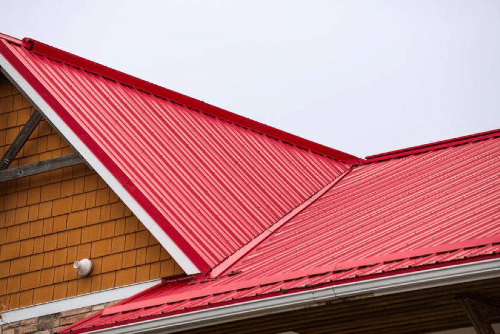 3 Things to Know Before Buying a Home with a Metal Roof