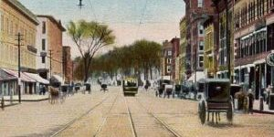 Elm_Street_Looking_North,_Manchester,_NH